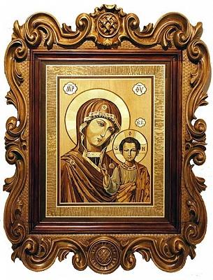 Казанская икона Божией матери в резной раме.