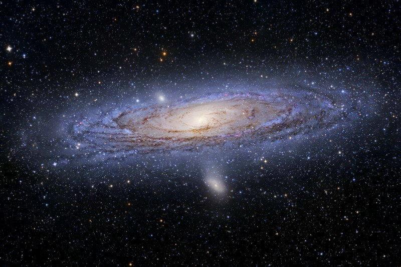 M31_hallas800.jpg